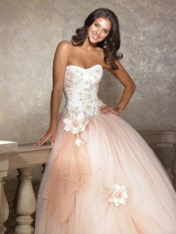 Ball Gown Sweetheart Hand-made Flower Floor-length Sleeveless Tulle Quinceanera Dresses